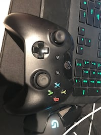 black Xbox One game controller Brampton, L6T 3C8