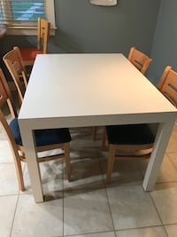 Dining table with 4 chair  Clifton, 07013