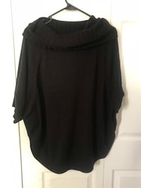 Short sleeve cowl neck poncho sweater from Outback Red for The Limited. Size XL (Pick up only) Alexandria, 22304