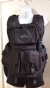 Black PAINTBALL VEST: fits up to a size large Brampton, L6P 1E4