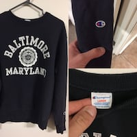 Champion Sweater  London, N5V 5G9