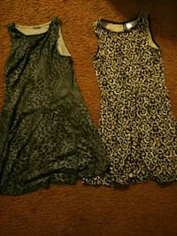 2 dresses, size 4 Lake Forest, 92630