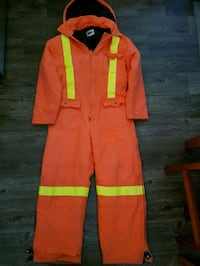 AGO Insulated coveralls with removable hood Barrie, L4M