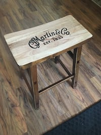 Saddle seat guitar stool  Oshawa