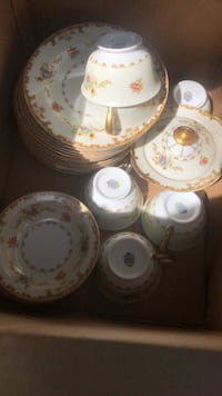 Vintage Fine china over 80 pieces Herndon, 20170