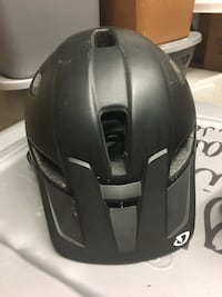 Giro Feature Mt bike helmet Spokane Valley, 99216