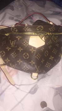 Black louis vuitton monogram leather handbag San Bernardino, 92404