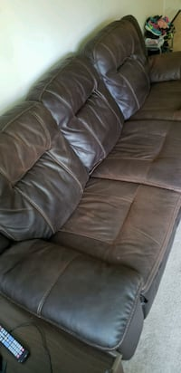 Power Recliner Couch Hauppauge, 11788