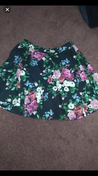 Floral skirt Richmond Hill, L4C