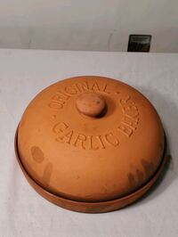 *READ Post* Original Garlic Baker Terra Cotta  Waldorf, 20602