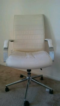 white leather padded rolling armchair 2066 mi
