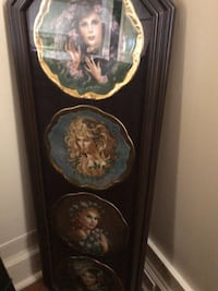 Symphony of Roses Collector Plates with gold trim. Prof framed  London, N6A