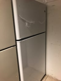 Brand New GE 20.8 Cu Ft Top and Bottom Refrigerator (Scratch and Dent)  Elkridge, 21075