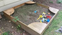 Wooden sandbox frame with cover Chehalis, 98532