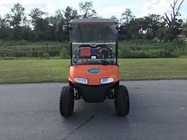 +*+Golf Cart by Ez Go Runs and drives like new+*+