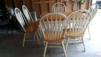 Kitchen Table and 6 chairs w leaf Mississauga, L4W 3C6