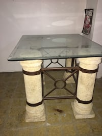 End Table With Unconnected Glass.