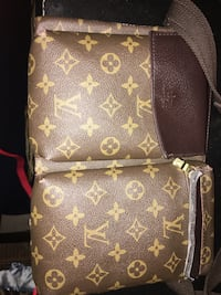 Brown louis vuitton leather bag Toronto, M9L 2K8