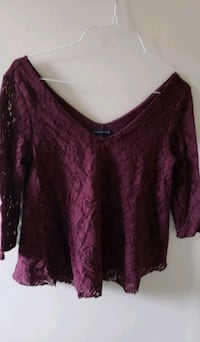 New! Gorgeous AE Rich Burgandy Lace Lined Top Barrie, L4N 9T3