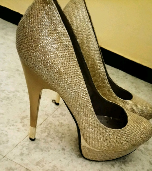 Chaussure plate-forme or