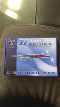 New H Paashe Airbrush Set  36 km