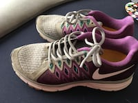 pair of pink-and-white Nike running shoes Cathedral City, 92234
