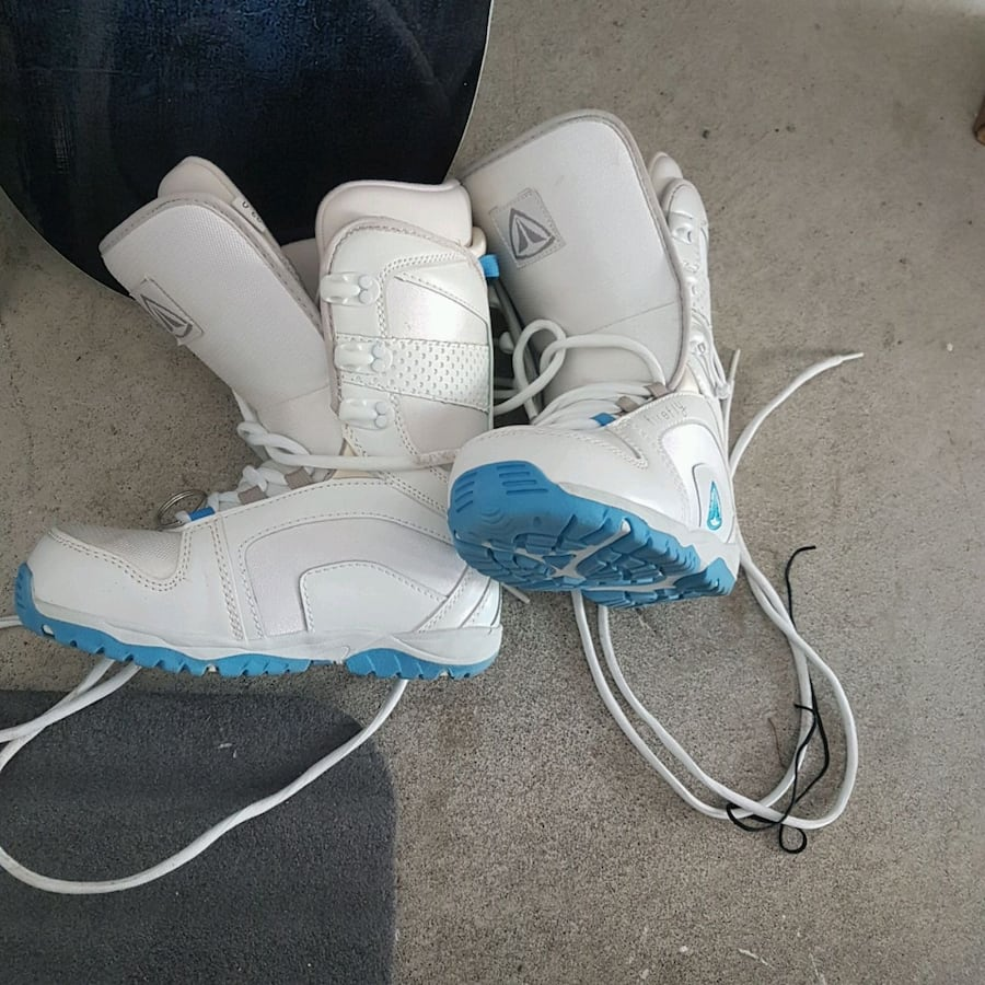 Great condition Snowboarding boots