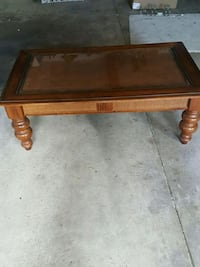 Tommy Bahama Style wooden coffee table Allentown, 18104