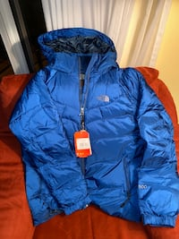Northface jacket new Edmonton, T6E 2Y2