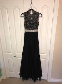 Elegant high neck dress Edmonton, T5X 6H4