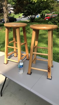Small bar stools. Used good condition  Waldorf, 20602