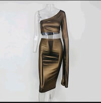 Woman 2 piece skirt set  Toronto, M6N 2H6