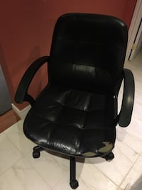 Leather office chair Brampton, L6P 2S3
