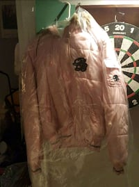 IT MUST SELL ASAP. WORN TWICE WOMEN'S PINK WINTER  Montreal, H9H 1E3