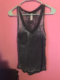 Black and gray tank top Tomball, 77375