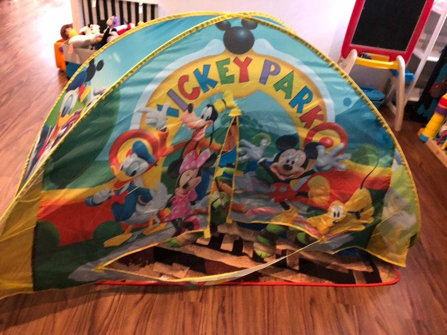 Mickey Mouse club house twin bed tent (twin) & Used Mickey Mouse club house twin bed tent (twin) for sale in New ...