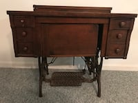 Antique sewing machine cabinet Woodstock, 21163