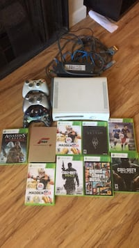 White xbox 360 console with controllers and games Los Angeles, 90024