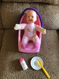 Baby doll with carrier and accessories 705 mi
