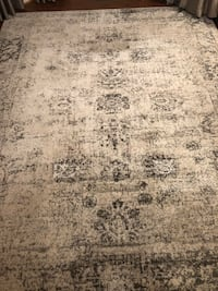 Area Rug Grey White 8x10 Harpers Ferry, 25425