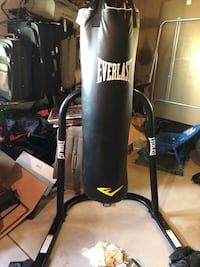 Everlast boxing stand  Colorado Springs, 80921