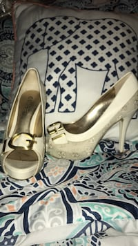 guess shoes Los Angeles, 91324