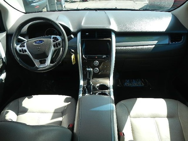 2012 Ford Edge 4dr SEL AWD 10
