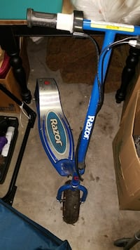 blue and silver Razor kick scooter