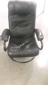 black leather office rolling chair Washington, 20032