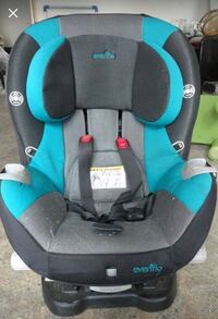 baby's black, gray and blue Evenflo car seat Gatineau, J9J 0L2