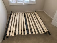 Adjustable bed frame with wooden slats null