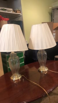 Two clear glass base white shade table lamps Harrison, 10528