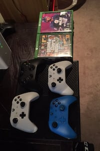 Xbox One w/ 15+ games Ottawa, K2H 1A4