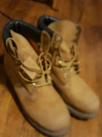 Timberlands size 9.5 Scarborough, M1K